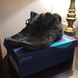 NWT Asics Snapdown 2 Wrestling Shoes. Size 10